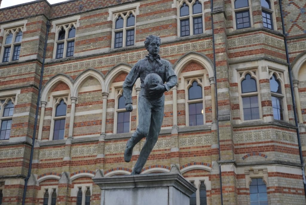 rugby sport statue